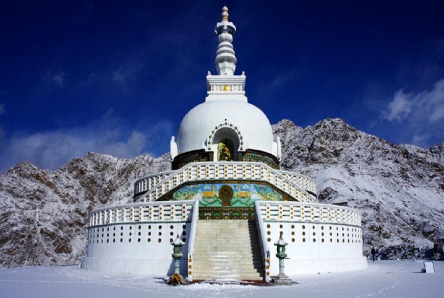 Leh-Shanti-Stupa-green-kashmir-tours-and-travels