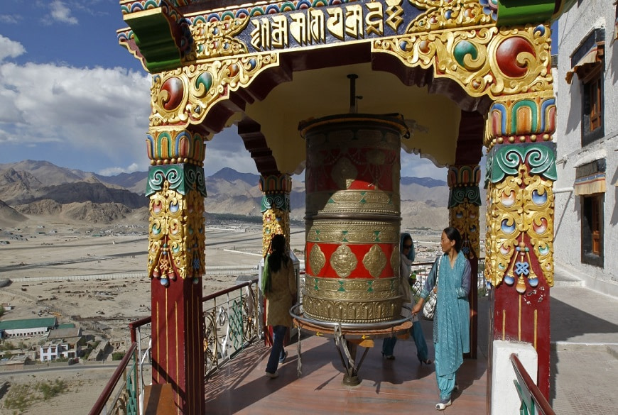 Spituk-Gompa-green-kashmir-tours-and-travels